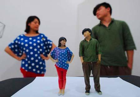 """Figurines imprimées en 3D : selfie 3D, """"mini-moi"""", figurine 3D et portrait 3D"""