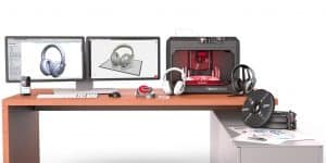 Featured-Aniwaa-Makerbot-annouces-new-replicator-plus-3D-printers