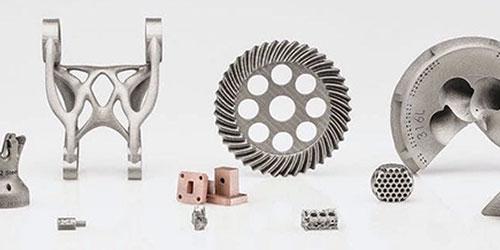 Externalisation ou production interne : Faut-il se tourner vers un service de fabrication ou acheter son propre matériel ?
